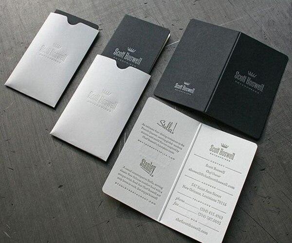 Exquisite Weiß Folie Kundenspezifische Visitenkarten Schwarz