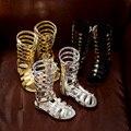 Del verano del estilo romano muchacha de los cabritos sandalias de gladiador media pantorrilla remache zapatos de los niños niñas Zapatillas moda botas altas TX188