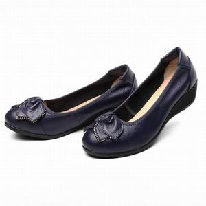 Image 4 - Lederen Vrouwen Hoge Hakken Handgemaakte Mode Vrouwen schoenen hoge hak Zwart slip Casual Wiggen Vrouwen Pompen