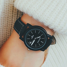 Five Colors Fashion Faux Leather Casual Women Quartz Analog Wrist Small Dial Delicate Watch Luxury Business Watch Dropshipping