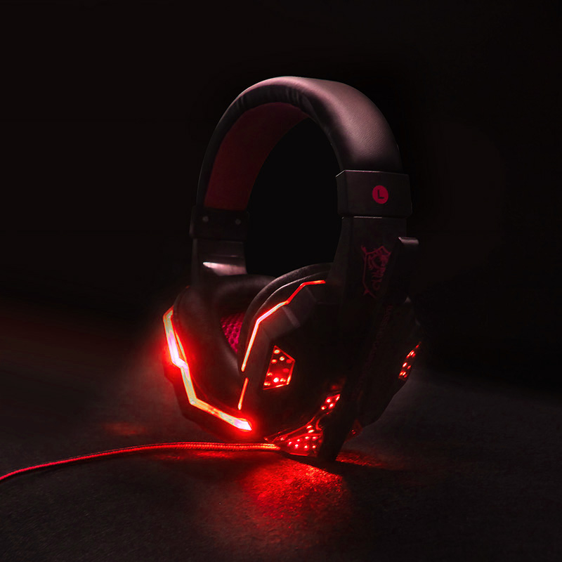 Gaming Headset game Headphones Deep Bass Stereo Earphone with LED