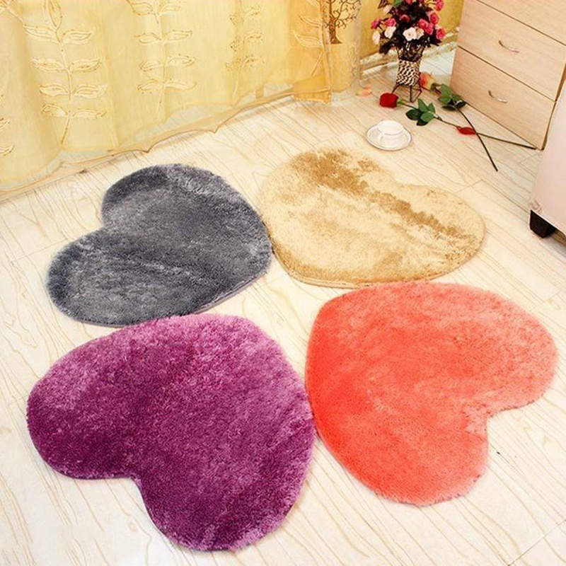 1Pc 5 Color Polyester Modern Heart Shaped Nonslip Carpet Shower Floor Bathroom Door Mats Cushion Shaggy Rug Bath Rug Tub