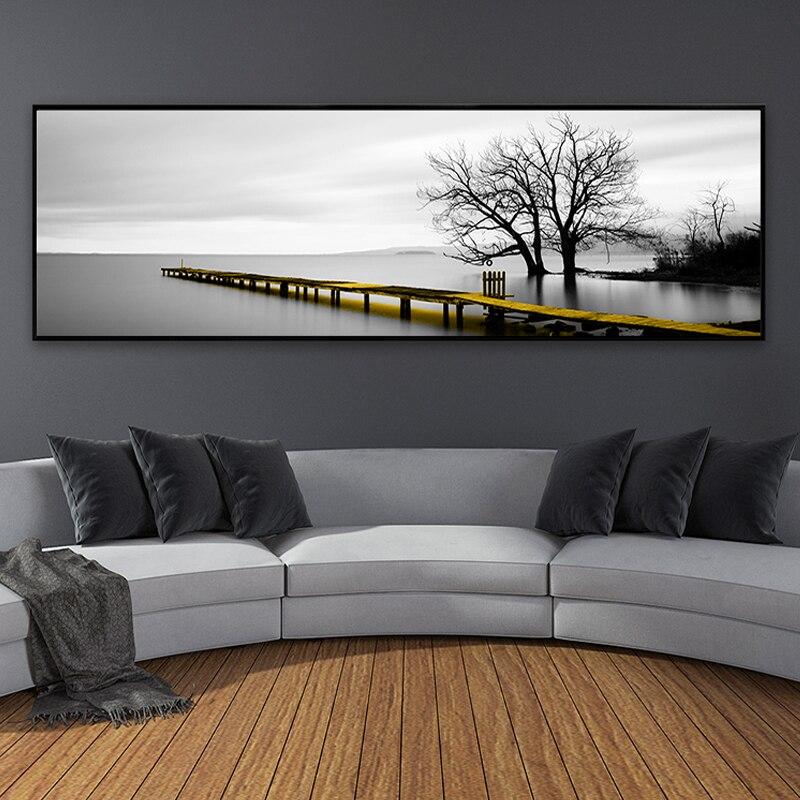 Escena de puente largo amarillo con superficie de lago tranquilo, cuadros en lienzo en blanco y negro, póster impreso, imágenes artísticas para pared, decoración del hogar para sala de estar
