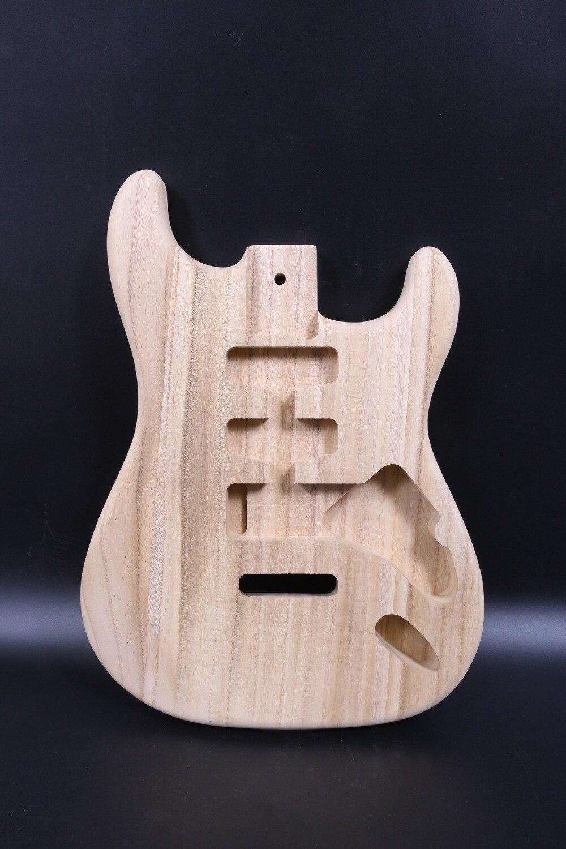 Unfinished Corps de la Guitare Paulownia bois Guitare Corps Pour Strat Guitare Électrique Remplacement SSH style