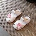 Купить сандалии для девочек 2017 летний новый детские сандалии моды цветы теплые девушка сандалии случайные Баотоу детская обувь