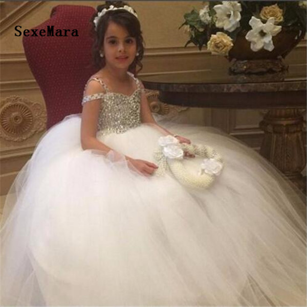 все цены на Luxury Crystal Beaded Flower Girl Dresses for Weddings Tulle Ball Gown 2018 Real Picture First Communion Dresses For Girls онлайн