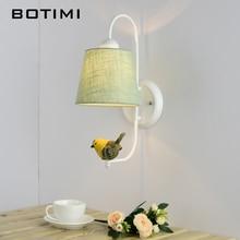 BOTIMI Lámpara de pared de tela con pájaro, moderna pantalla de tela montada en la pared, candelabro de pared de hierro, lámparas de habitación