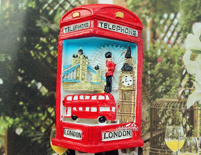 Foto Cabina Telefonica Di Londra : Carta da parati cm cabina telefonica e autobus a due piani