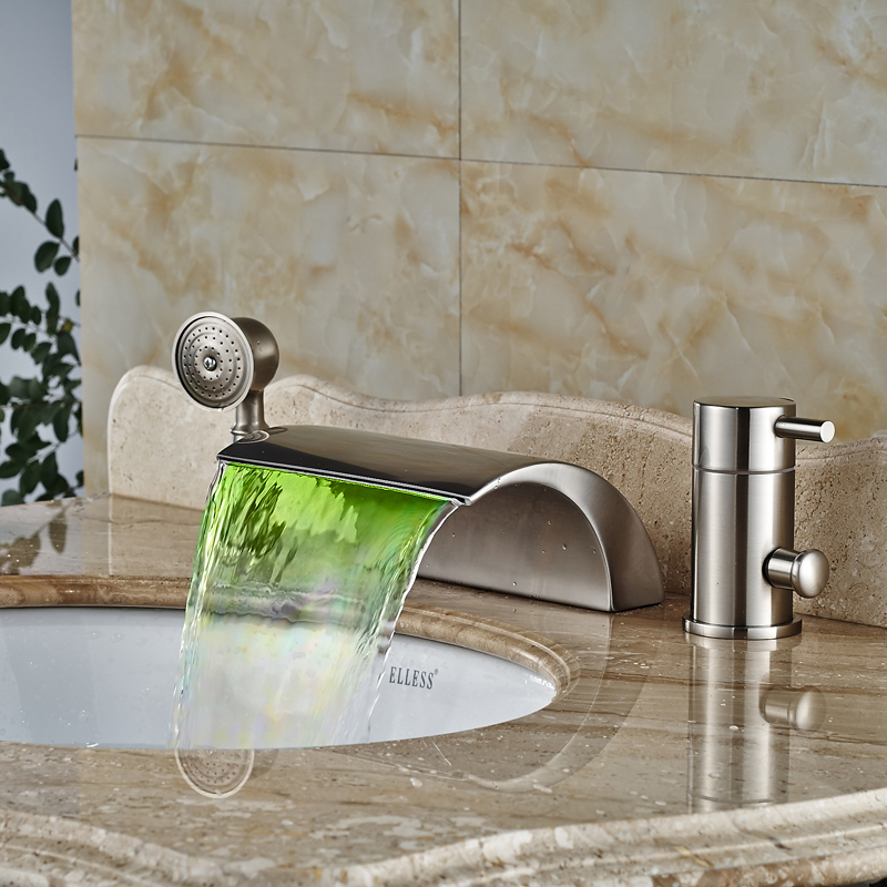 Luxury Deck Mount Color Changing LED Waterfall Tub Faucet Single Handle Brass Bathroom Bathtub Mixers