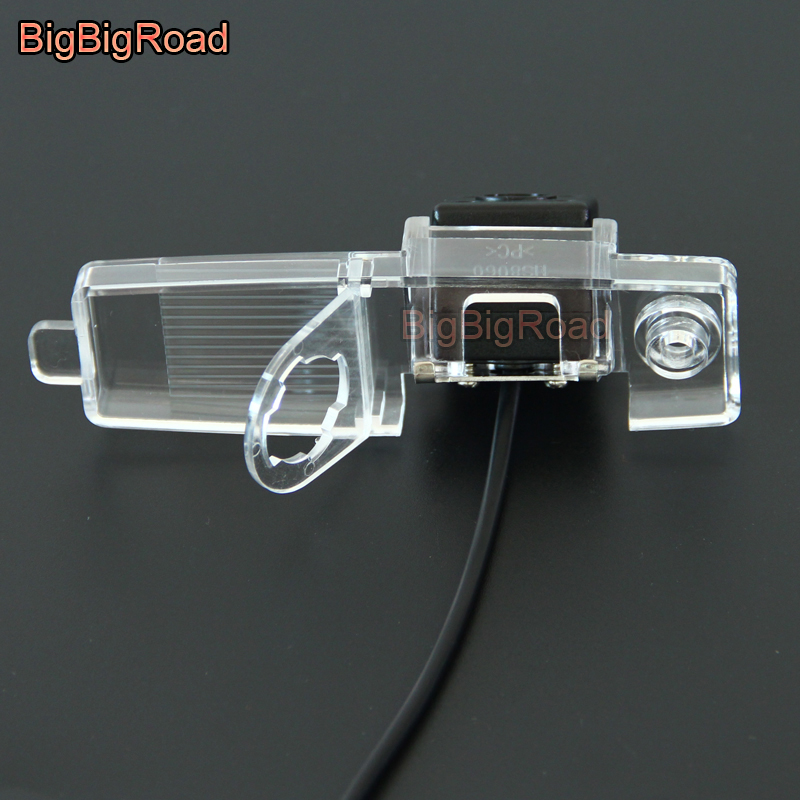 Купить с кэшбэком BigBigRoad Car Rear View Camera For Toyota RAV4 RAV-4 Vanguard XA30 HiAce H200 / Hiace Awing 2004 - 2009 2010 2012 2013 2014