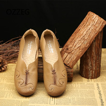 цена на 2019 Woman Flat Shoes Genuine Leather Loafers Soft Spring Casual Shoes Ladies Flats Comfort Slip on Vintage Women Shoes