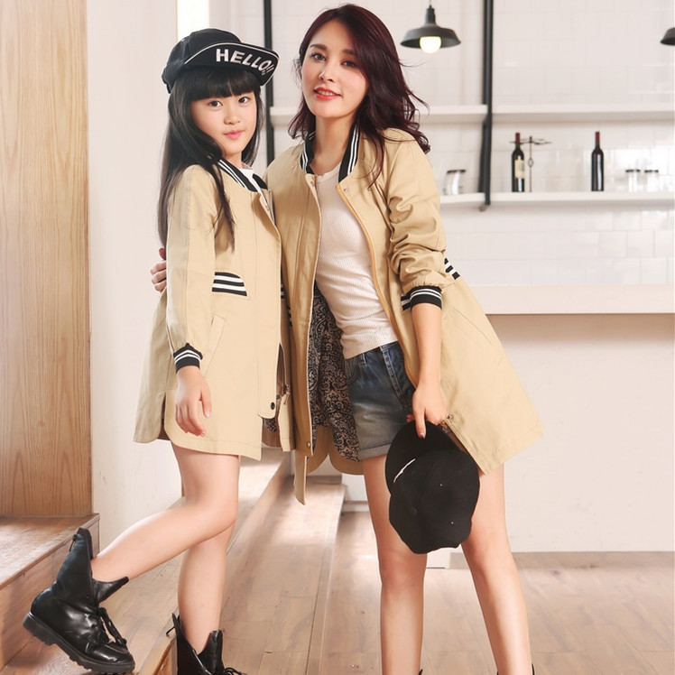 2015 autumn family clothing matching mother daughter clothes family look girl and mother women trench coats jackets 2 colors matching family clothing set 2015 autumn style winter family look matching mother daughter father son long sleeve sweater set