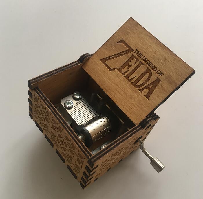 купить Anonymity hand crank The Legend of Zelda Music Box For Christmas Day Gifts Game of Thrones theme по цене 303.7 рублей