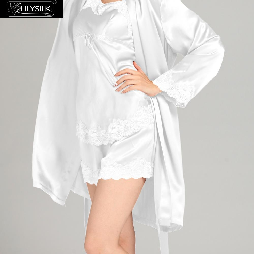 1000-white-22-momme-short-lacey-silk-camisole-&-dressing-gown-set-03
