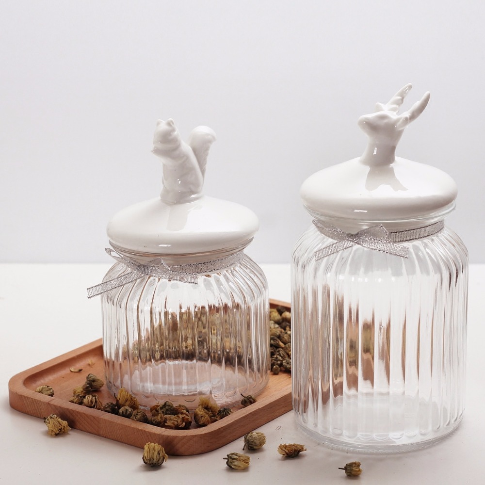 European transparent glass storage tank sugar bowl animal ceramic lid snack candy grain storage sealed jar ornaments decoration