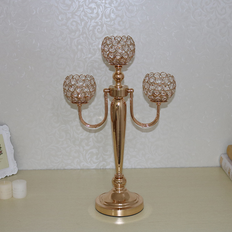 Factory direct selling creative European metal candlestick, gold luxury candles, venue atmosphere layout products.