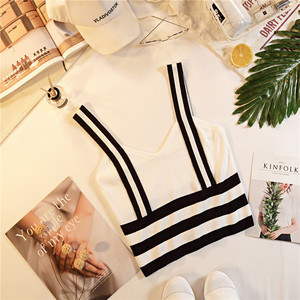 Image 4 - קיץ נשים אופנה סריגה פס טנק יבול חולצות נקבה סרוג נמתח קצוץ חולצה לא קצר שרוולים חולצות
