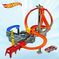 Hot Wielen Rotonde Track Speelgoed Kinderen Elektrische Speelgoed Vierkante Stad Miniatuur Auto Model Klassieke Auto brinquedos speelgoed voor kinderen