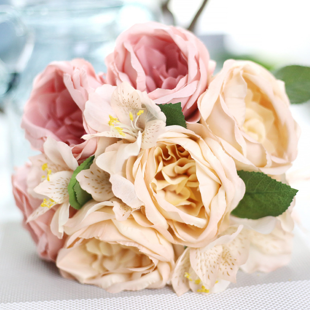 New Beautiful Wedding Flower Bouquet Round Rose Bouquet Flower