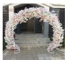 цена Cherry blossom arch round flower door wedding truss arch European arch iron arch wedding flower door frame square онлайн в 2017 году