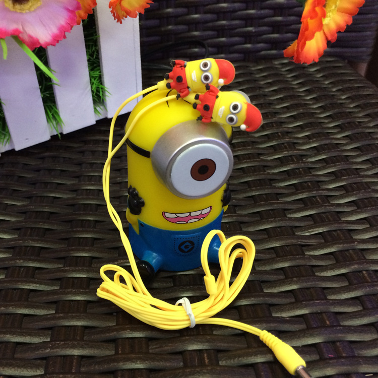 MOONBIFFY Free Shipping 3.5mm jack cartoon Despicable Me Earphone minions Headset for Mp3 Mp4 mobilephone