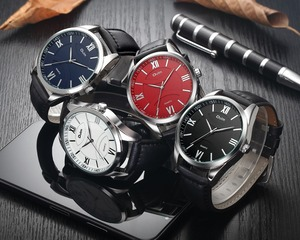 Image 5 - OULM Fashion Business Oversize Watch Men Quartz Clock Roman Number Red Dial Leather Strap Classic Mens Watches Top Brand Luxury