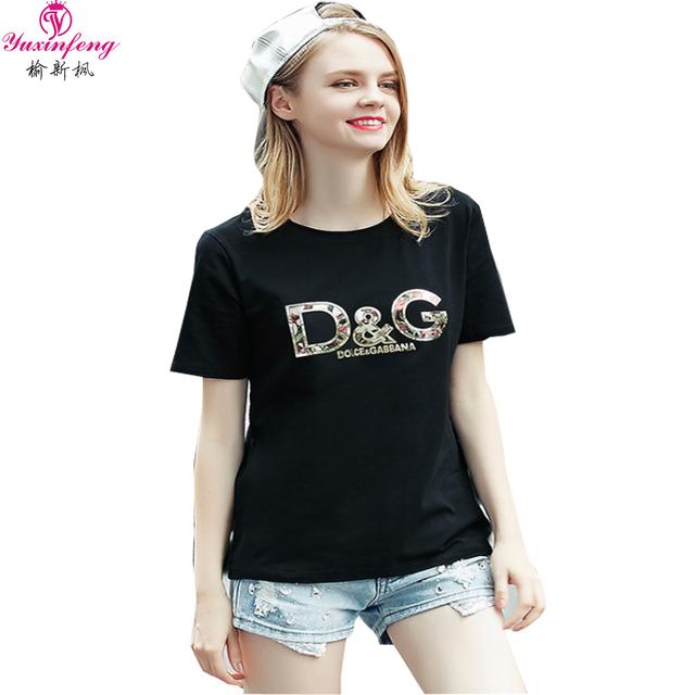 Verano de Gran Tamaño de Las Mujeres de Moda Suelta de Manga Corta Camiseta de Algodón Tops Lentejuelas Impresión de la Letra Del Alfabeto Mujer camisetas Negro Blanco