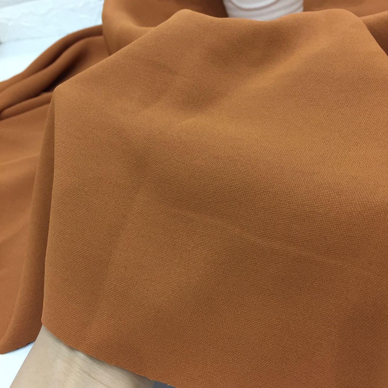 Full Polyester Solid Color Plain Woven Fabric Hand sewn Autumn and Winter Fashion Apparel Fabric Patchwork Textile Material in Fabric from Home Garden
