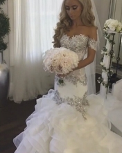 Elegant Saudi Arabia Bridal Gowns Sweetheart Lace Appliques Crystal Beading Tiered Mermaid Wedding Arabic Custom Made