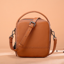 цена на Small cute Brown Women's Shoulder Bags Mini Black Ladies Handbags Fashion Genuine Leather Women bag Casual Female Crossbody Bags