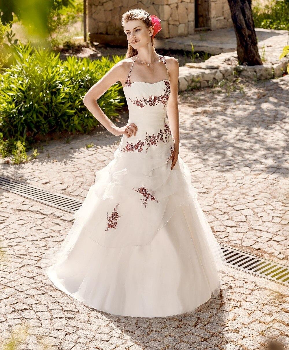 Witte halter trouwjurk