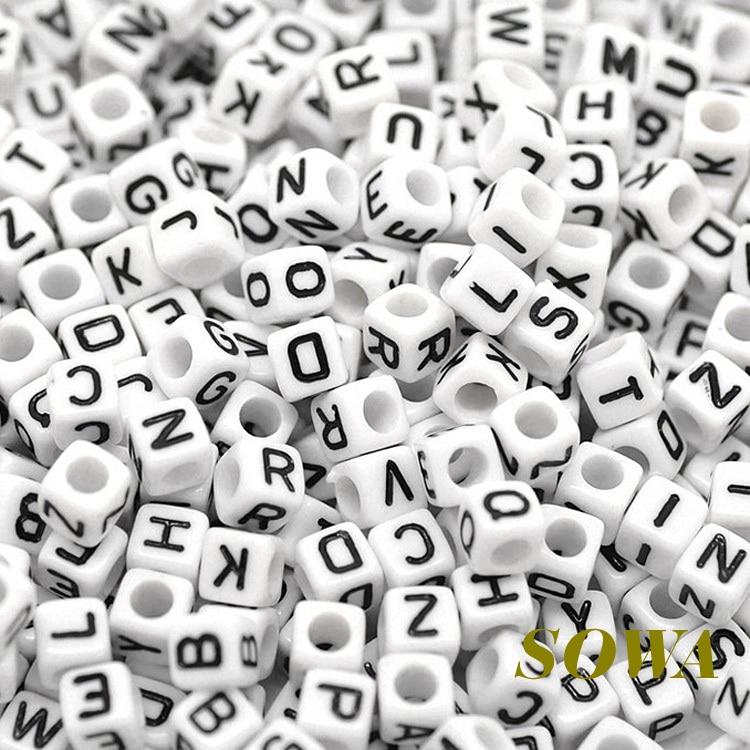 Бесплатная Доставка 6*6 мм 100 шт./лот Смешанная белый acyrlic письмо/алфавит Cube Бусины для удовольствия DIY Резиновые loom полосы Браслеты с подвесками