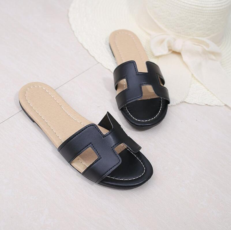 6cda264b621aa EFFGT 2018 New Summer Slipper Women Slippers Slides Women shoes Slippers H  Word Hollow out Women Sandals Fashion slipper-in Flip Flops from Shoes on  ...