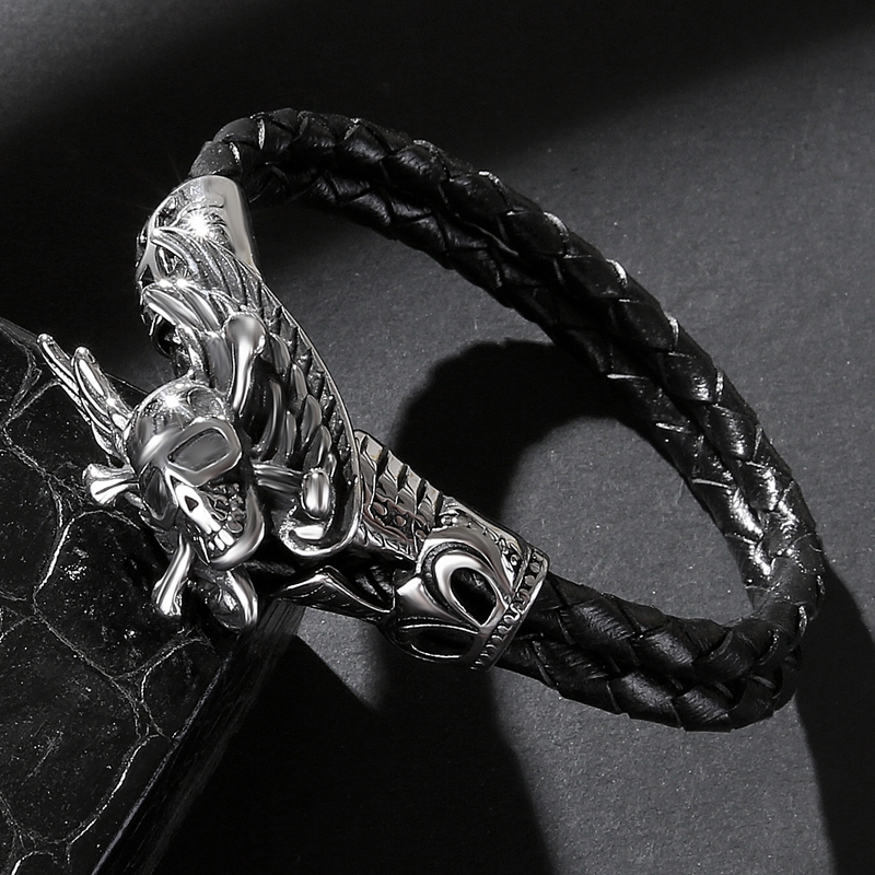 Fashion Men Black Leather Retro Bracelet Titanium Steel Warrior Skull Bracelet Leather Knit High Quality Classic Wings Bracelet