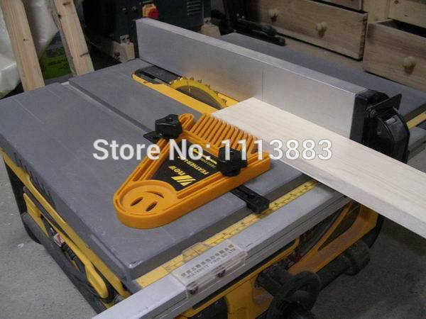 Magnetic Featherboard For Table Saw