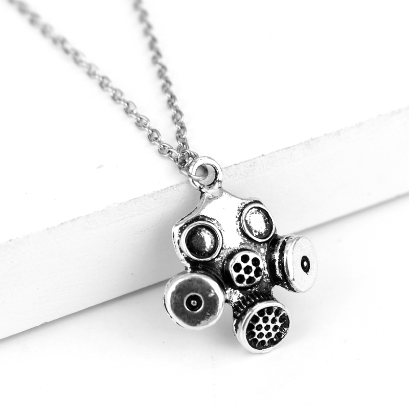 2019 Fashion 20pcs Antique Silver Color Gas Mask Steampunk Pendant 28*19mm Leather Chain Necklace Black Leather Cord Necklace Pendant Necklaces