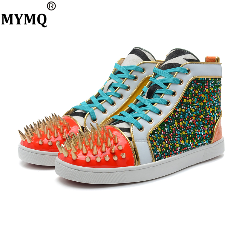 MYMQ Fashion High Top Casual Shoe Man Sneaker Patchwork White Gold Red Spikes Lace Up Unisex Shoes Rivets Size 35 to 47