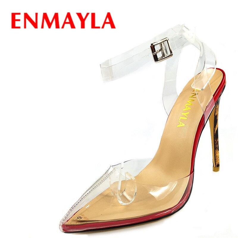 ENMAYLA Mulheres Verão Mulher Sapatos De Salto Alto Claras Perto Do Dedo Do  Pé Senhoras Transparentes Sandálias Da Forma Das Mulheres Bombas Stiletto  em ... c7a9401886b9