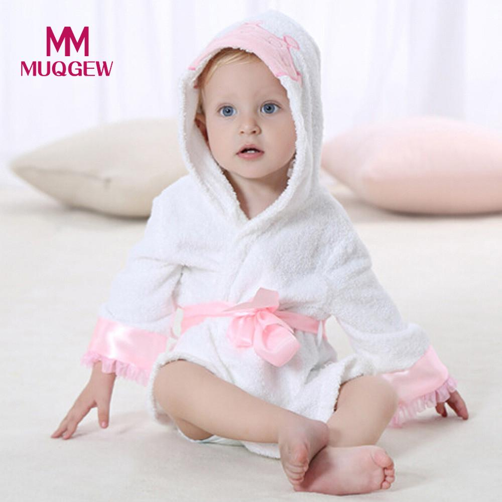 High quality winter Baby Bathrobe Boy Girl Velvet Robe Cartoon Hooded Towel Pajamas Dress Newborn Soft Cotton home Clothes 0-2T