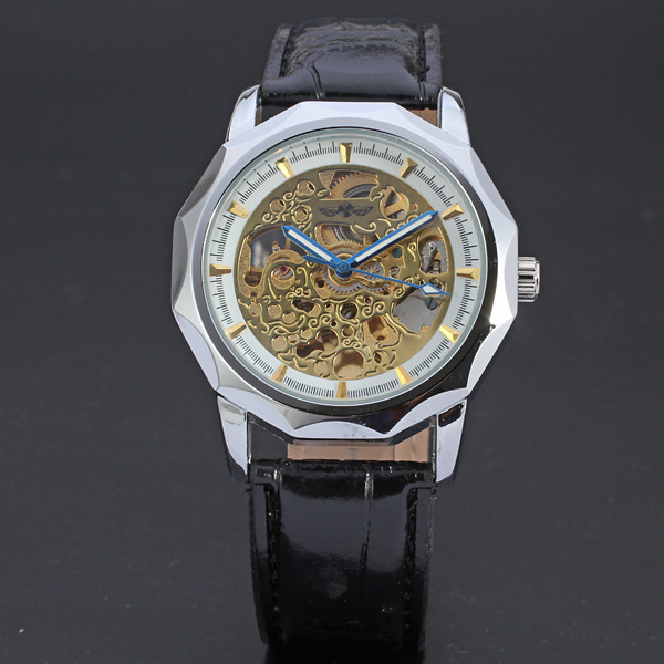 Antique WINNER Hollow Wheel Design Watch Greek Numerals Dial Clock Cool Business Mechanical Watch with Black Leather Band