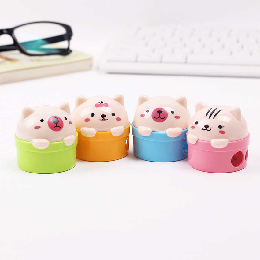 1PC Stationery Double Holes Pencil Sharpener Cartoon Cat and Bear Plastic Pencil Sharpener For Kids Student School