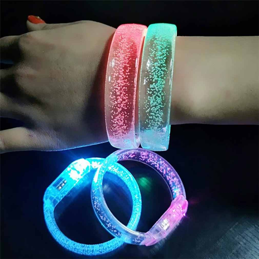 1 Uds. LED Flash pulsera colorida luz hasta pulsera de burbujas fiesta favores luz-Up acrílico pulsera intermitente LED