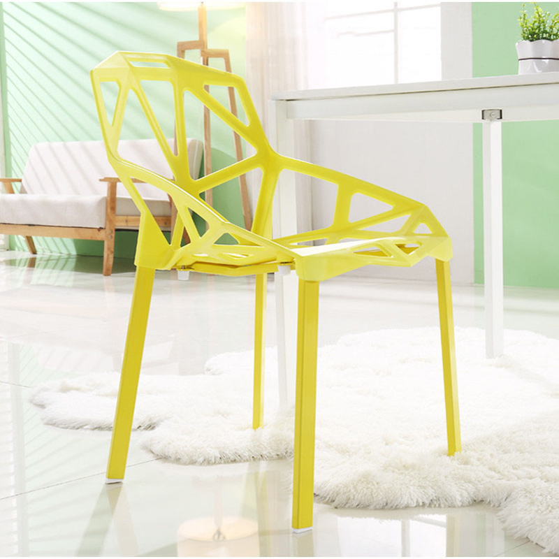 Modern Minimalist Plastic Chair Nordic Fashion Furniture Dining Table Chair Geometric Hollow Outdoor Negotiating Leisure Chair