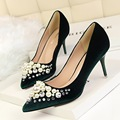 Free shipping 2017 Spring new fashion Pearl Rhinestone pointed toe pumps women OL shoes heel 8cm