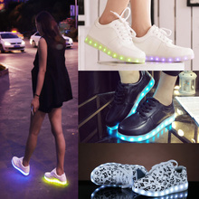 New LED Light Up Women Chaussures Luminous Zapatos Schoenen Couples Casual Shoes Men HB88