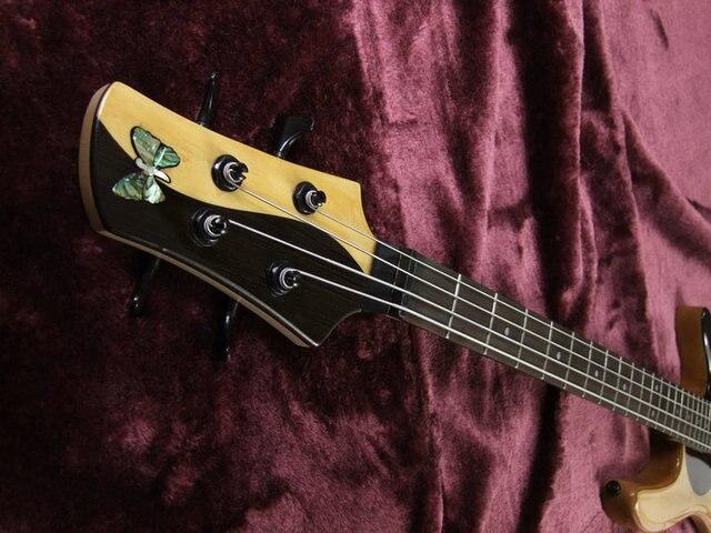 Yin an Yang 5 String Bass guitar with active pickups  4