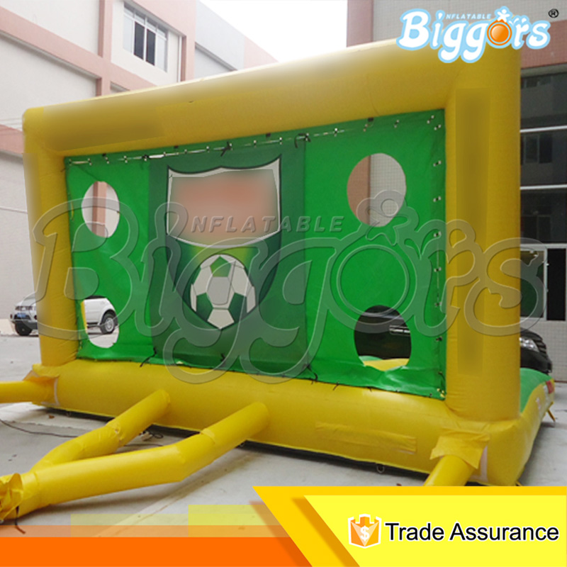 Inflatable Football Target Toss Inflatable Football Gate Inflatable Soccer Shooter For Sale free shipping ce certificated inflatable football pitch inflatable soccer court soapy stadium for sale