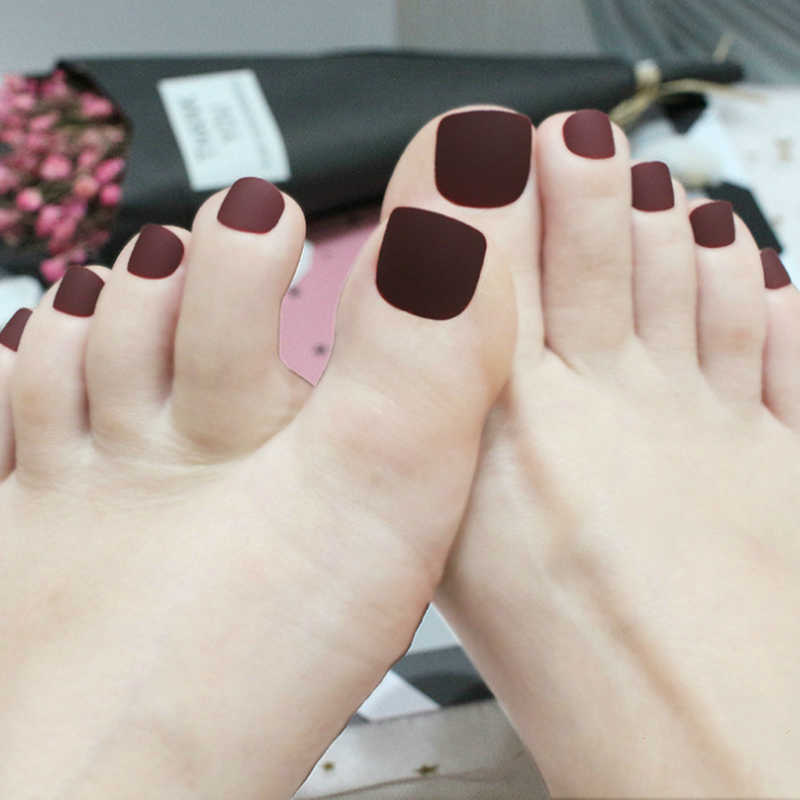 2019 new toenails matte brown khaki matte nail tips art full of fashion elements