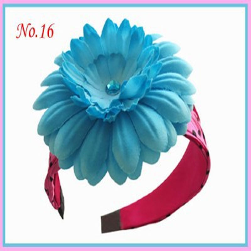 50 pcs 4.5 Girl Fashion finished product grid solid grosgrain strip boutique girl hair bow headwearA beautiful hairbow