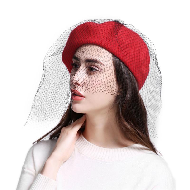 2076 Novas mulheres Inverno Hairball chapéu Boinas de lã Do Vintage ... e0a6802052f